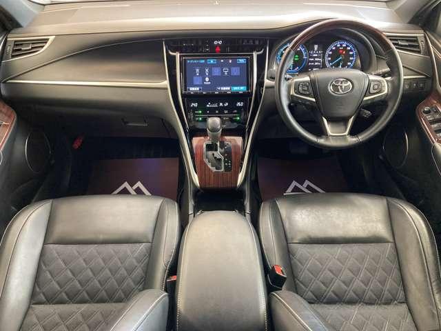 プレミアム 4WD ワンオーナー モデリスタフルエアロ モデリスタグリル 純正9インチSDナビ 禁煙車 純正18インチAW 運転席パワーシート クルコン LEDヘッドライト バックカメラ パワーバックドア(4枚目)