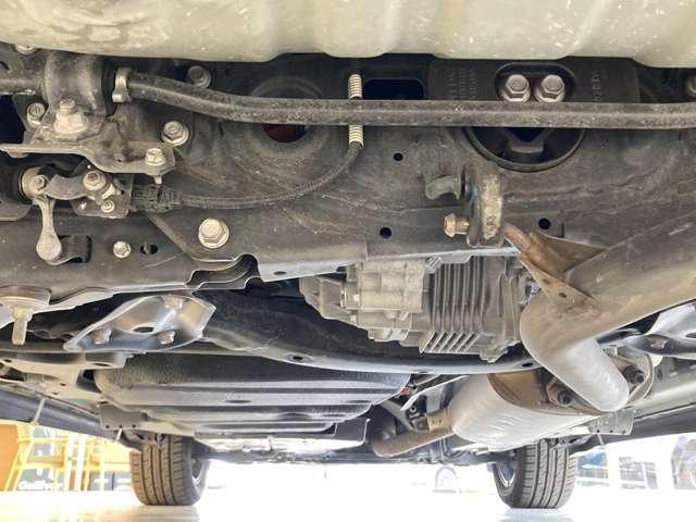 プレミアム 4WD ワンオーナー モデリスタフルエアロ モデリスタグリル 純正9インチSDナビ 禁煙車 純正18インチAW 運転席パワーシート クルコン LEDヘッドライト バックカメラ パワーバックドア(67枚目)