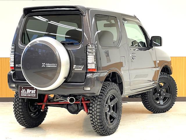 クロスアドベンチャーXC マニュアル車 2インチリフトアップ Bratオリジナル17インチアルミ&リアウィング 新品マキシス6.50R16 フジツボマフラー メッシュグリル LEDテール 各所セミグロスブラックペイント(3枚目)