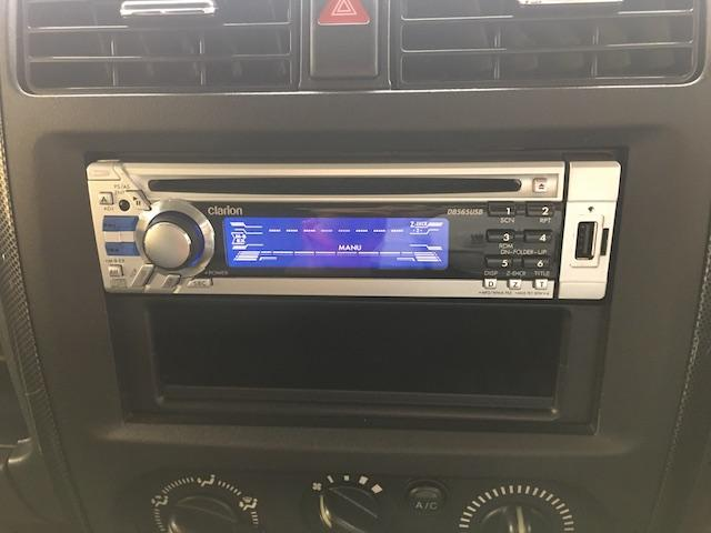 クロスアドベンチャーXC マニュアル車 2インチリフトアップ Bratオリジナル17インチアルミ&リアウィング 新品マキシス6.50R16 フジツボマフラー メッシュグリル LEDテール 各所セミグロスブラックペイント(27枚目)