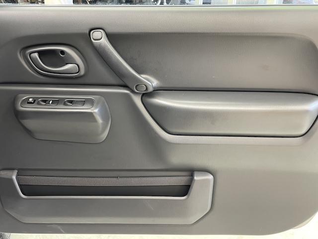 XG オートマ車 リフトアップ F・Rショートバンパー ウィルズウィンマフラー ブレーキホースステンメッシュ LEDサンダーテール スモークサイドマーカー Bratオリジナルリアウィング メッシュグリル(40枚目)