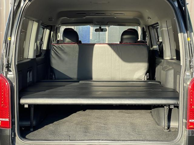 ロングスーパーGL 3型 4WD ベット 新品BFグッドリッチ JAOSオーバーフェンダー ブルバー クラッツィオシートカバー 黒木目パネル/ステアリング/シフト ツインモニター スクリーンドア(アミ戸)ハンガーレール(6枚目)