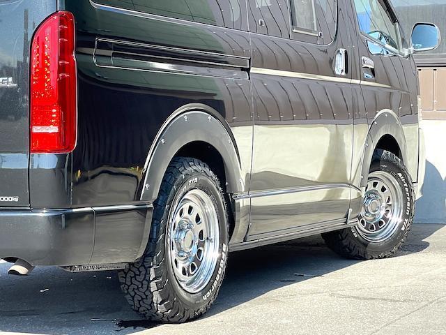 ロングスーパーGL 3型 4WD ベット 新品BFグッドリッチ JAOSオーバーフェンダー ブルバー クラッツィオシートカバー 黒木目パネル/ステアリング/シフト ツインモニター スクリーンドア(アミ戸)ハンガーレール(25枚目)