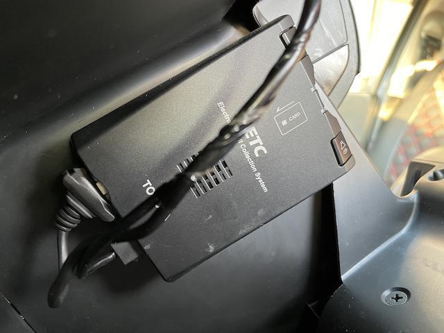 ロングスーパーGL 3型 4WD ベット 新品BFグッドリッチ JAOSオーバーフェンダー ブルバー クラッツィオシートカバー 黒木目パネル/ステアリング/シフト ツインモニター スクリーンドア(アミ戸)ハンガーレール(51枚目)