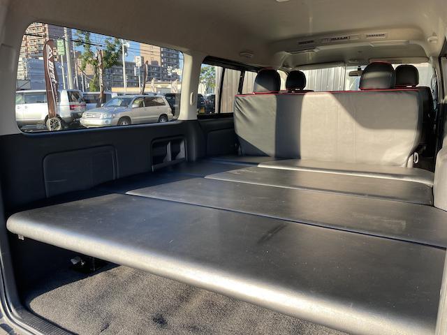 ロングスーパーGL 3型 4WD ベット 新品BFグッドリッチ JAOSオーバーフェンダー ブルバー クラッツィオシートカバー 黒木目パネル/ステアリング/シフト ツインモニター スクリーンドア(アミ戸)ハンガーレール(59枚目)