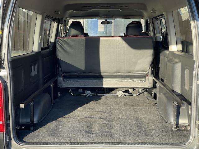ロングスーパーGL 3型 4WD ベット 新品BFグッドリッチ JAOSオーバーフェンダー ブルバー クラッツィオシートカバー 黒木目パネル/ステアリング/シフト ツインモニター スクリーンドア(アミ戸)ハンガーレール(64枚目)