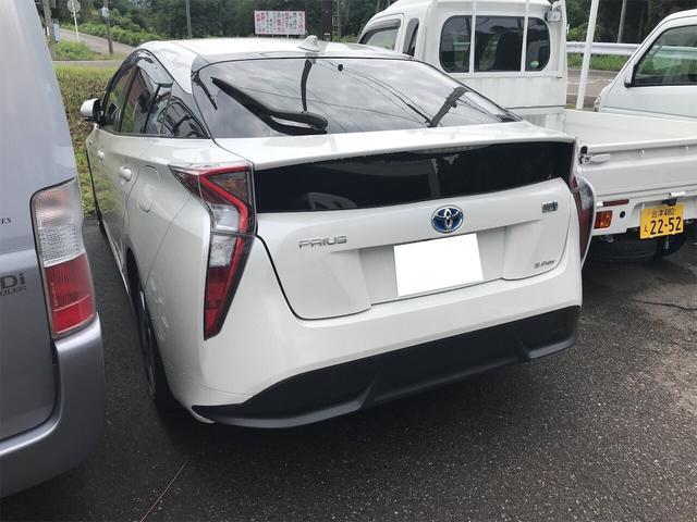 「トヨタ」「プリウス」「セダン」「福島県」の中古車6