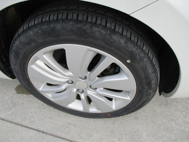タイヤサイズ 175/60R16 です。