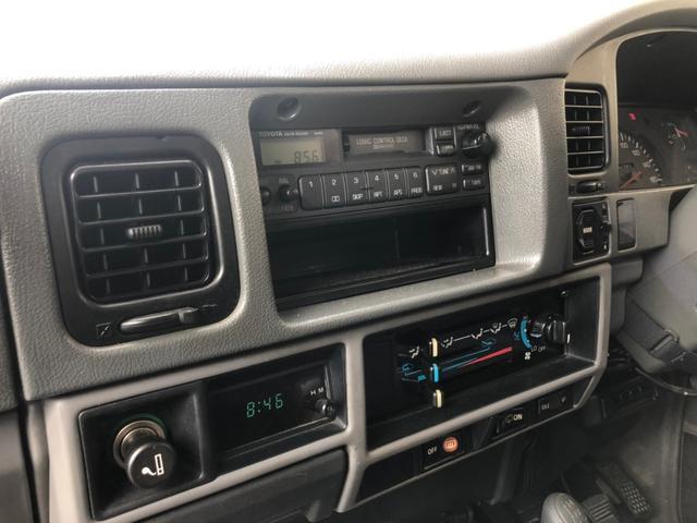 SX KZJ78G 5速マニュアル 純正ナローボディ 4WD オリジナル インテリア状態良好 背面タイヤ 純正16インチホイール 今ならスタッドレスタイヤプレゼント 安心自社認証工場こだわり整備(16枚目)
