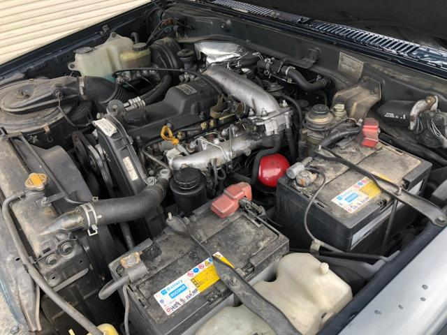 SX KZJ78G 5速マニュアル 純正ナローボディ 4WD オリジナル インテリア状態良好 背面タイヤ 純正16インチホイール 今ならスタッドレスタイヤプレゼント 安心自社認証工場こだわり整備(17枚目)