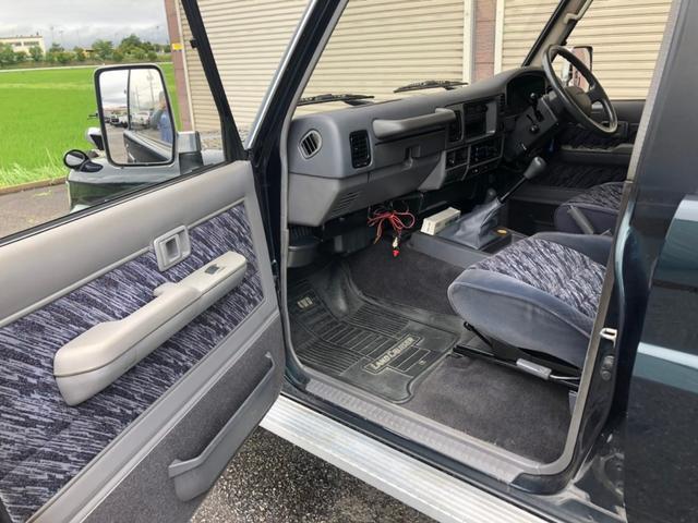 SX KZJ78G 5速マニュアル 純正ナローボディ 4WD オリジナル インテリア状態良好 背面タイヤ 純正16インチホイール 今ならスタッドレスタイヤプレゼント 安心自社認証工場こだわり整備(67枚目)