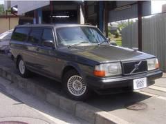 ボルボ240クラシックワゴン LTD 革シート