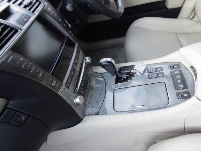 レクサス LS LS600hL サンルーフ 革シート マークレビンソン