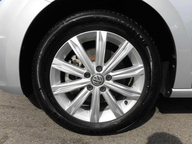 フォルクスワーゲン VW ゴルフトゥーラン ハイライン 純正ナビ ETC サンルーフ 認定中古車