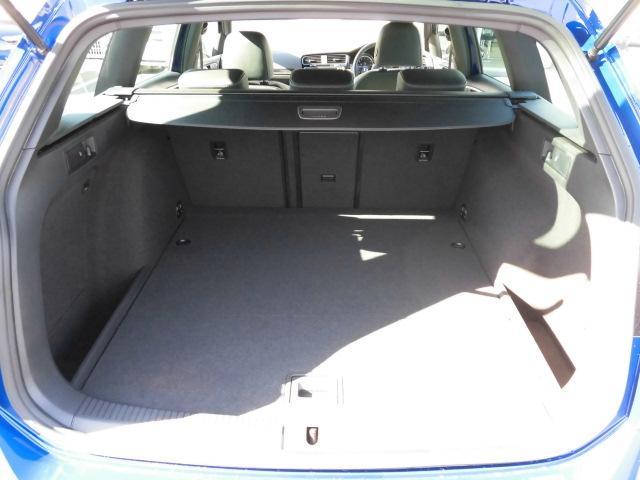 フォルクスワーゲン VW ゴルフRヴァリアント R ローンチ エディション 純正ナビ 限定車 認定中古車