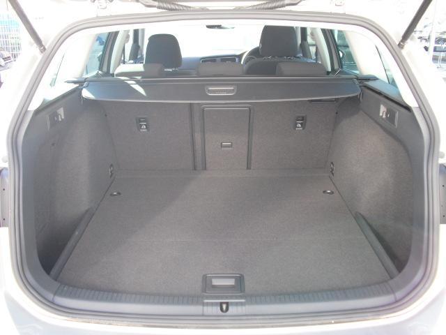 フォルクスワーゲン VW ゴルフヴァリアント コンフォートライン スマートキー ACC 認定中古車