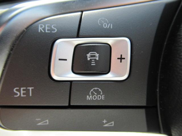 ACC(レーダークルーズコントロール)は30-160km/hまで設定可能。前の車が詰まってきても設定した車間距離を保って走行可能ですのでロングドライブ時の疲労軽減にも一役です♪(設定可能速度は車種によ