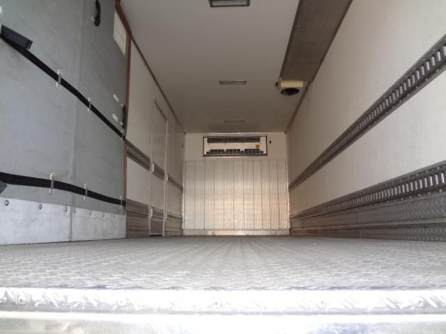 冷蔵冷凍車 低温-30℃ 仕切り有 ベット付き エアサス(17枚目)