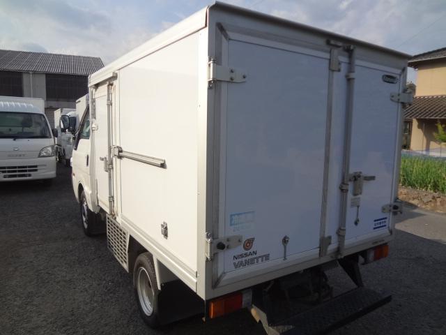 冷蔵冷凍車 低温-22℃ 5速ミッション(10枚目)