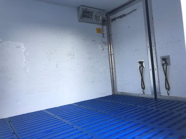 冷蔵冷凍車 低温ー22℃ 2WD オートマ ナビ ETC(11枚目)