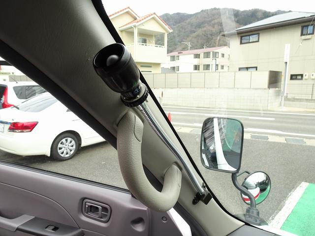 SロングDX スーパーロングボディ ハイルーフ ディーゼルターボ 特装救急車 4WD 医療法人1オーナー 禁煙車 走行23.000km 実走行車 ツインAC パトライト パワーアンプ マイク ボンドメーター(13枚目)