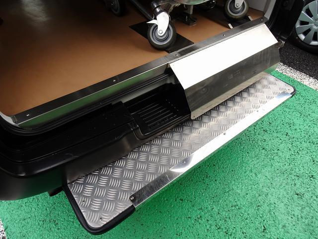 SロングDX スーパーロングボディ ハイルーフ ディーゼルターボ 特装救急車 4WD 医療法人1オーナー 禁煙車 走行23.000km 実走行車 ツインAC パトライト パワーアンプ マイク ボンドメーター(32枚目)