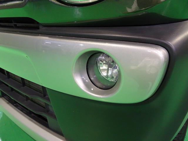 Xターボ 4WD SDナビ 4チューナーフルセグTV バックモニターHIDヘッドライト フォグ キーフリー ルーフレール(31枚目)