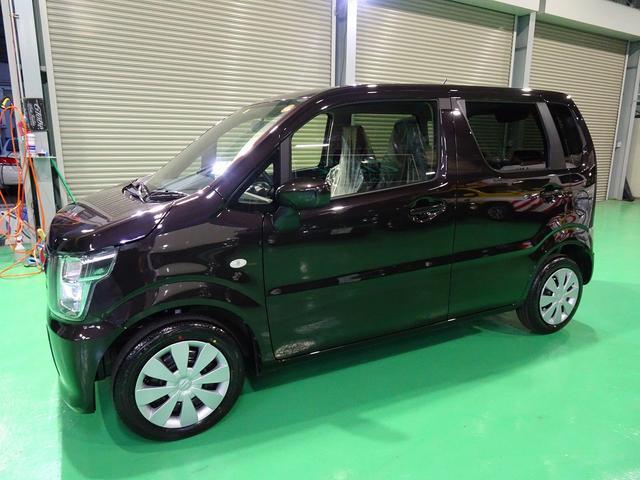 FA 4WD 5速マニュアル 届出済未使用車 シートヒーター LEDテール 電格ミラー リア3面プライバシーガラス(4枚目)