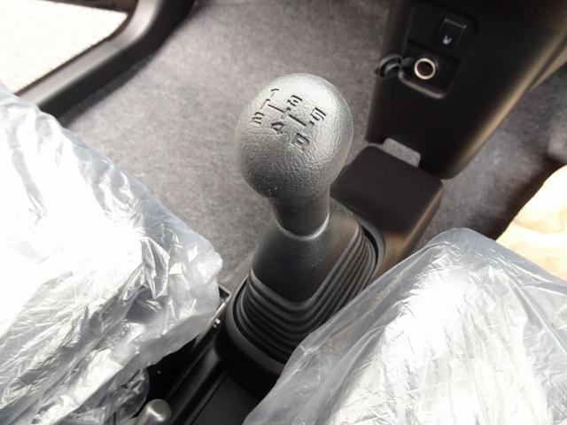 FA 4WD 5速マニュアル 届出済未使用車 シートヒーター LEDテール 電格ミラー リア3面プライバシーガラス(19枚目)