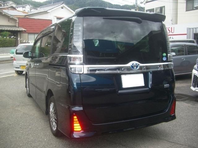 「トヨタ」「ヴォクシー」「ミニバン・ワンボックス」「広島県」の中古車3