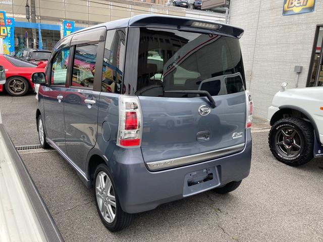 カスタムRS 禁煙車 4WD インタークーラーターボ CD AUX HIDヘッドライト スマートキー オートエアコン AW15インチ 盗難防止システム フルフラット(26枚目)