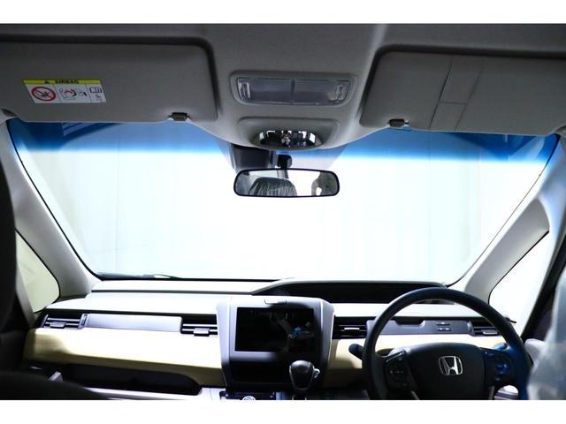 ■運転しやすいボディサイズ!ミニバンに不慣れな方でもムリなく使えます☆また、取り回しのしやすい最小回転半径で、日常シーンでの使いやすさをUP☆