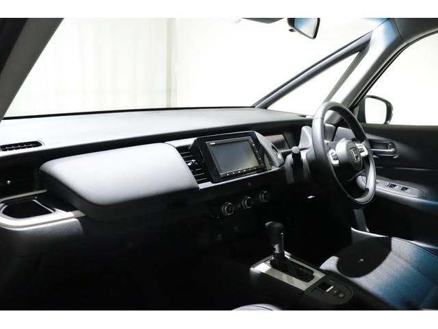e:HEVホーム HondaSENSHING ワンオーナー 禁煙車 ETC HDDナビ バックカメラ フロントカメラ LEDヘッドライト スマートキー コーナーセンサー クルコン レーンアシスト アイドリングストップ(32枚目)