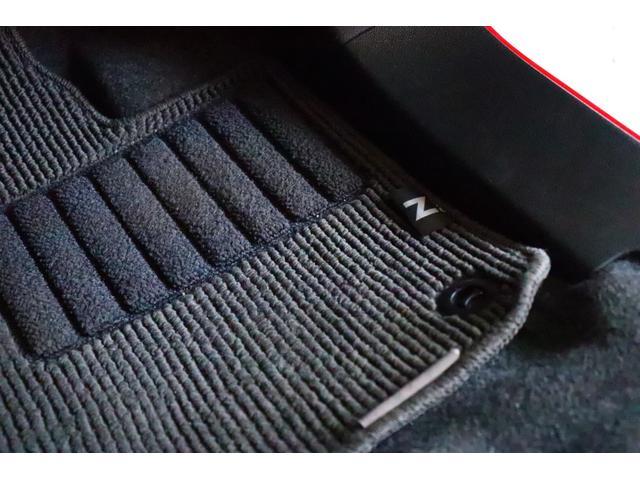 プレミアム ツアラー・Lパッケージ 禁煙車 ターボ車 HIDヘッドライト スマートキー クルコン Bluetoothオーディオ(18枚目)