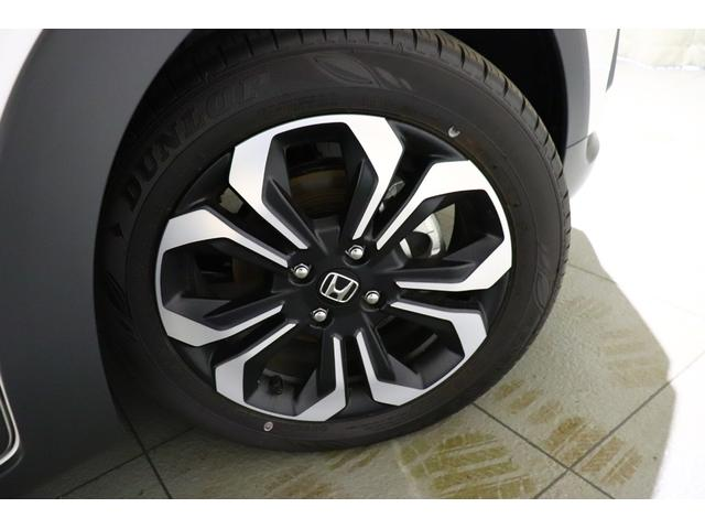 e:HEVクロスター ハイブリッド HondaSENSING ツートーン 純正ナビゲーション 衝突軽減ブレーキ LEDヘッドライト HondaCONNCTforGathers(4枚目)