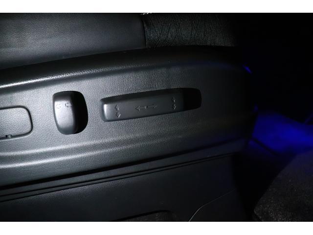 ハイブリッドアブソルート・ホンダセンシングEXパック ワンオーナー/ユーザー買取/ETC車載器/純正ナビゲーション/フリップダウンモニター/バックカメラ/純正ドライブレコーダー/HondaSENSING/LEDルームランプ/大型アームレスト(22枚目)