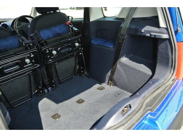 プジョー プジョー 1007 1.4 両側パワースライドドア パドルシフト バックソナー