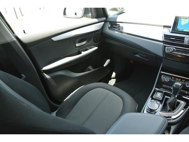 車内は使用感少なく、タバコ臭なども特に感じません!
