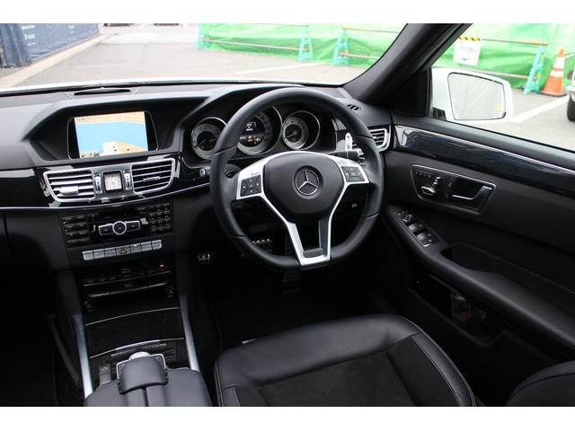 弊社では、この手のE250を数多く販売させていただいておりますが、乗り心地もよく、ゆったりとした車内空間と、コストパフォーマンスもよく、お客様の満足度の高い輸入車ですので、ぜひご検討くださいませ!