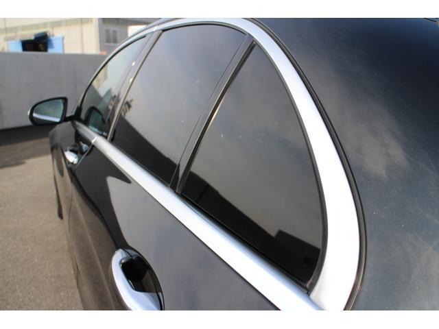 輸入車のドアメッキは、水あかで鱗ができますが、こちらのお車は、今のところ綺麗に保っております。