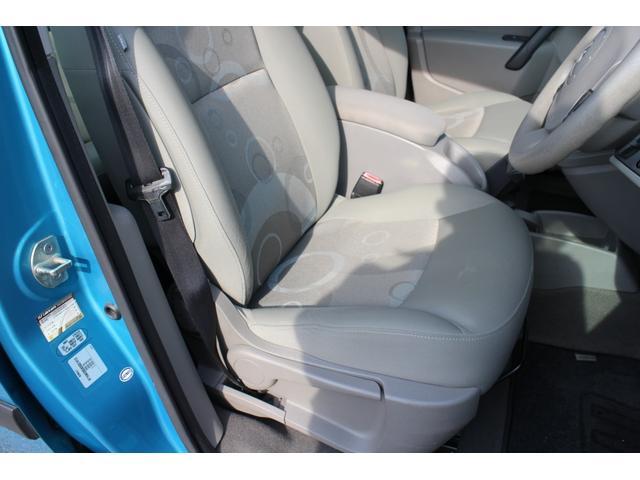 一番使用頻度の高い運転席もご覧のようにきれいな状態を保っています。
