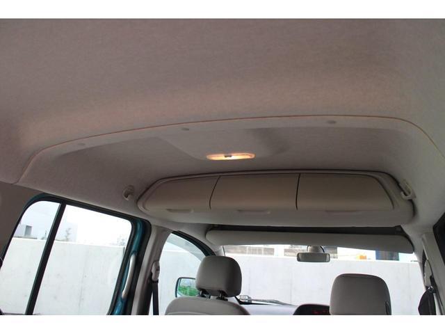 天井が高いので、車内空間は非常に広く感じます!