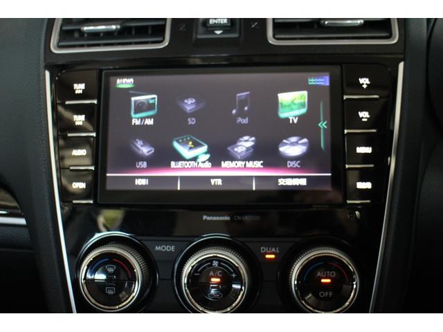 メーカーオプションのSDナビゲーション,フルセグTV(TVキャンセラーを装備していますので,走行中にTV視聴が可能です),Bluetooth,USB,バックカメラ,フルオートエアコンを装備♪♪