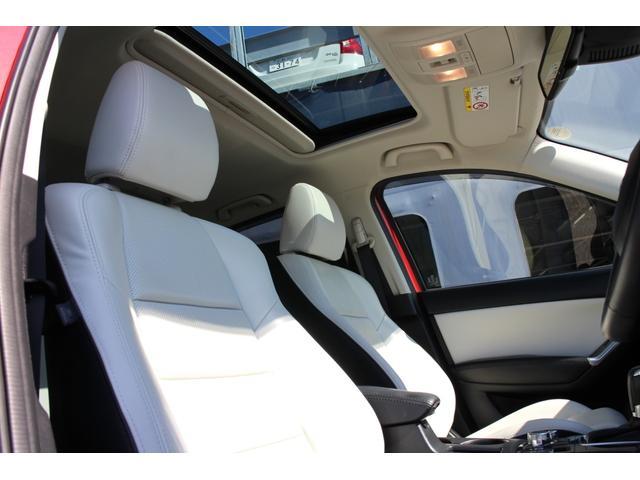 ホワイトレザーシート☆シートヒーター&パワーシート装備のLパッケージ!サンルーフ☆BOSEサウンド♪内装綺麗なお車です!