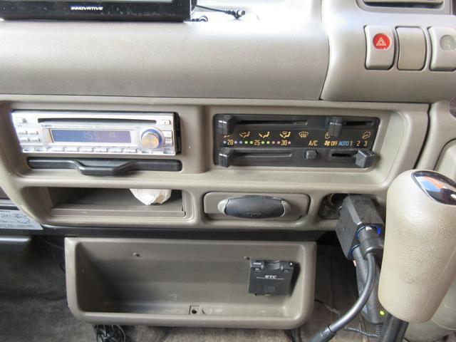 いすゞ エルフトラック キャンピングカー