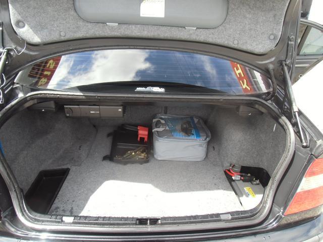 BMW BMW 318i Mスポーツ