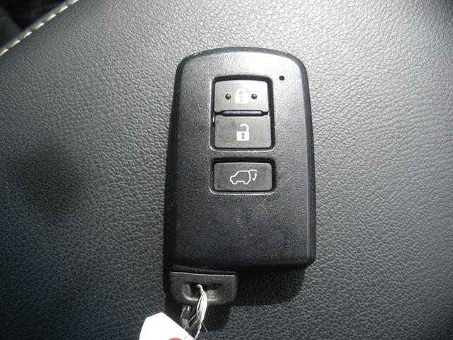 「トヨタ」「ハリアー」「SUV・クロカン」「広島県」の中古車32