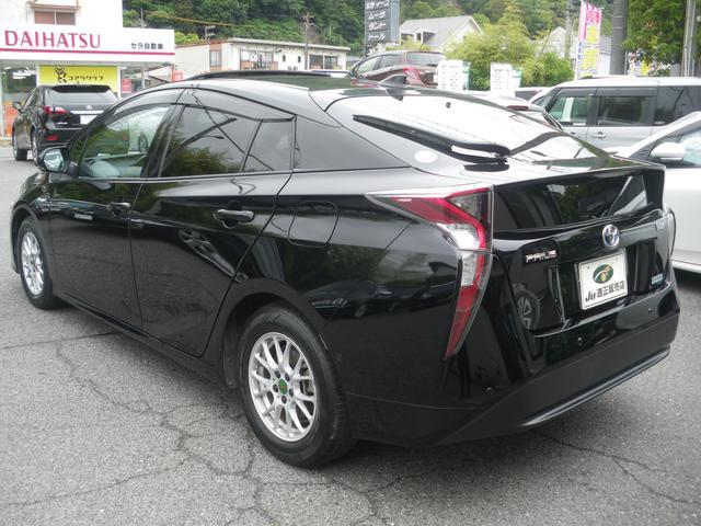 「トヨタ」「プリウス」「セダン」「広島県」の中古車6