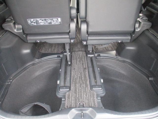 ZR Gエディション ワンオーナー モデリスタ純正エアロ 4WD 後席モニター セーフティセンス 両側パワースライド 三列シート 純正フルセグTVナビ サンルーフ シートエアコン パワーシート ステアリングヒーター(35枚目)