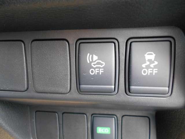 ☆横滑り防止装置ついてます!急なスリップなどでもハンドルがとられることなく回避運転が可能です!☆